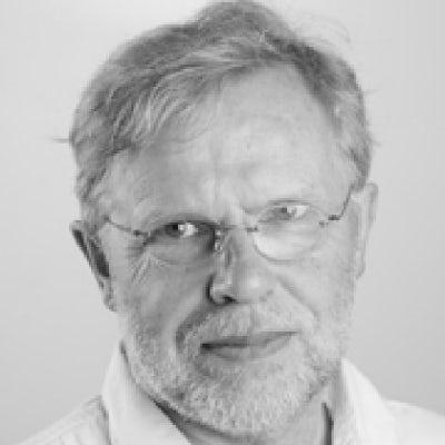 Professor Reimer Kühn